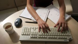 Woman-Typing-Working-Office-Computer